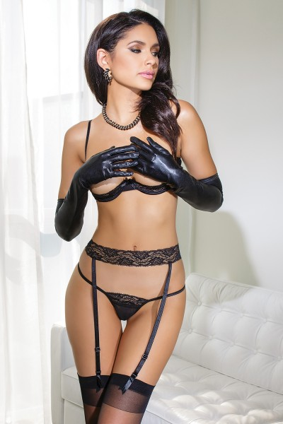 3707 - Bra, Garter & G-String Set