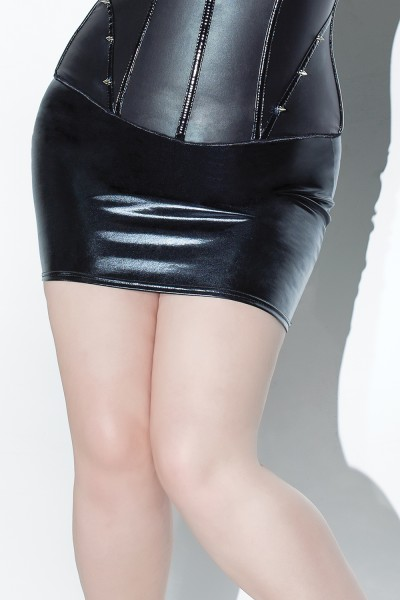 D915 - Plus Size Skirt - Black