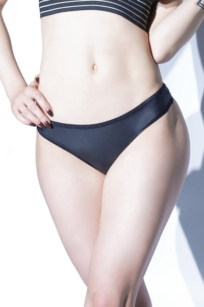 D9354X - Plus Size Wet Look Thong