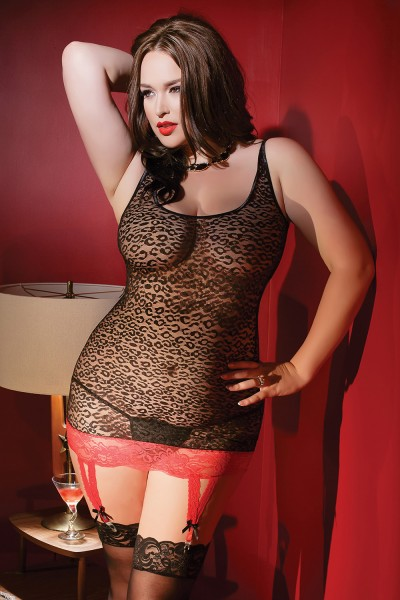 1997 - Plus Size Chemise with Garters - Black/Red