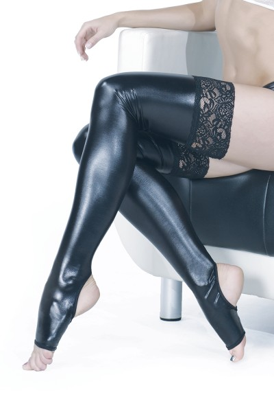 D1792 - Plus Size Stockings - Black