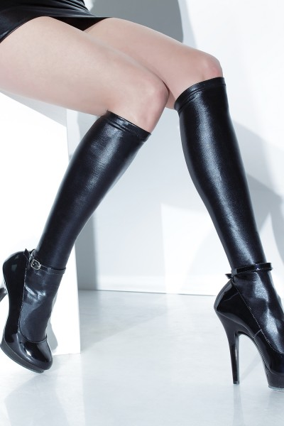D1797 - Plus Size Stockings - Black
